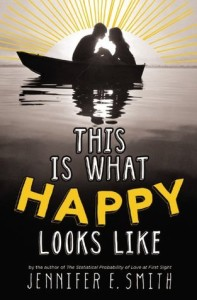 Jennifer E. Smith's teen fiction This is What Happy Looks Like | book review by @SheilaRCraig